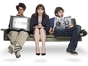 IT-Crowd-couch-signs